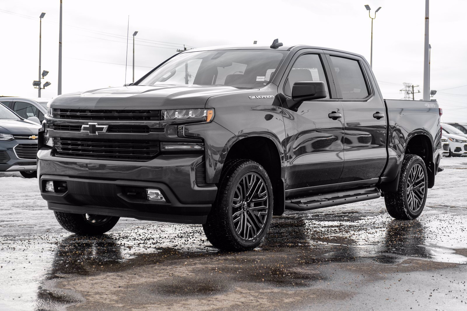 New 2019 Chevrolet Silverado 1500 RST | Perf. Exhaust, 2in Level, Tonneau Cover 4WD Crew Cab Pickup